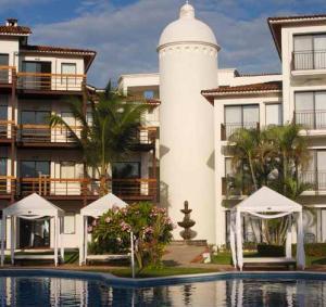 Villa Vera Puerto Vallarta is a Mediterranean style resort
